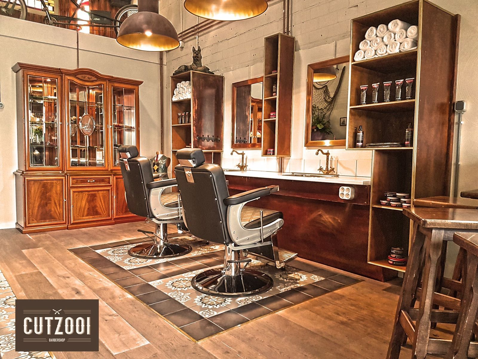 Cutzooi barbershop